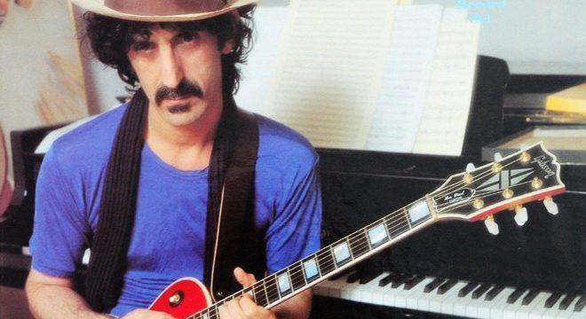 Frank Zappa morreu em 1993, mas ainda é um ícone do rock