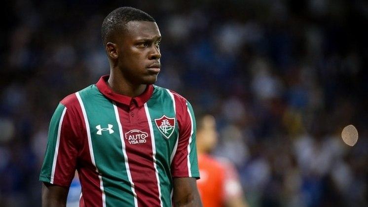 Frazan - Zagueiro - Fluminense