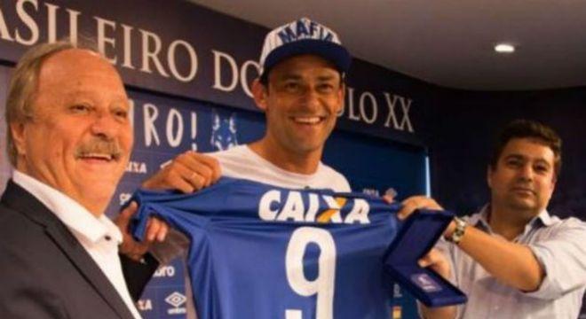 Contrato fabuloso com o rebaixado Cruzeiro de Pires. Mais de R$ 60 milhões