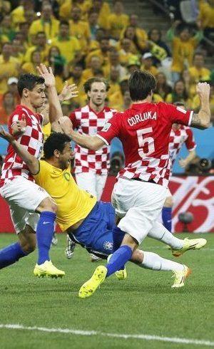 Atacante Fred extrapolou 'jeitinho brasileiro' na partida de abertura