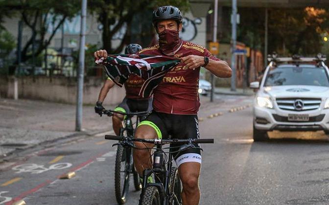 Fred chegou às Laranjeiras após completar desafio solidário de 600 km de bicicleta.