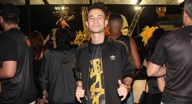 Apresentador curtiu o Carnaval tanto em Salvador, quanto em São Paulo