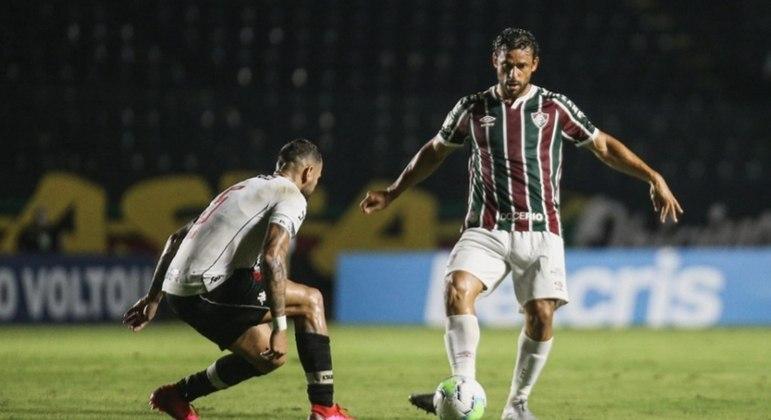 Fred e Leandro Castán devem travar mais um belo duelo no clássico
