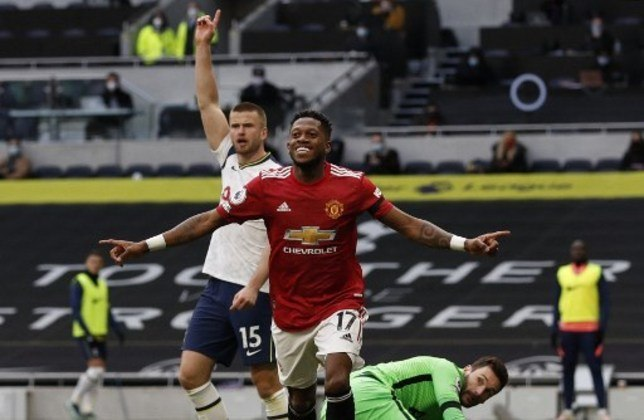 Fred - meia - Manchester United (ING)