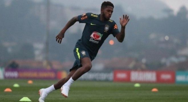 Manchester United anuncia contratação do brasileiro Fred - Esportes ... 9558e94c66607