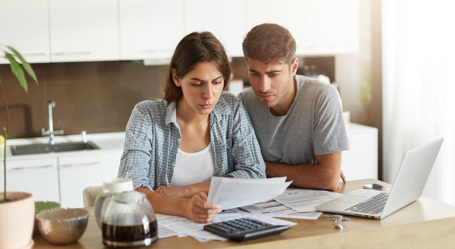 Antes de recorrer ao consignado, avalie se parcela não comprometerá o salário