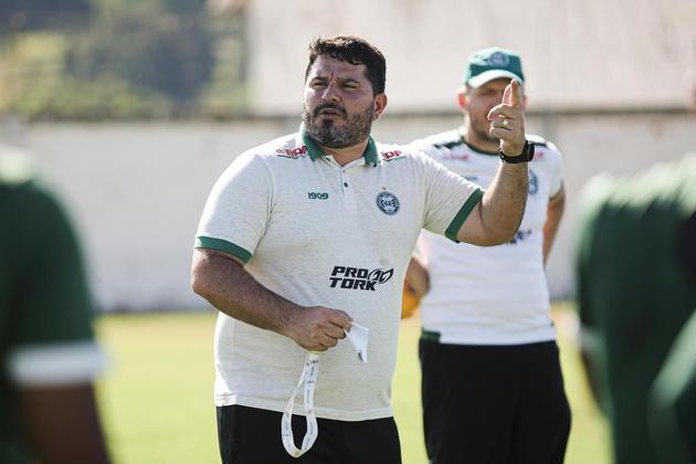 FRIO: O Vasco pode descartar o nome de Eduardo Barroca nas alternativas para assumir o comando técnico da equipe após a saída de Abel Braga. Pelo menos foi o que garantiu o próprio treinador, em entrevista ao programa