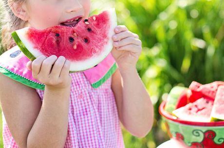 Brasileiros consomem cerca de 26 kg de fruta por ano