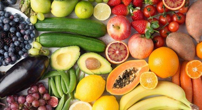 Debbie não pode comer frutas, legumes e verduras crus