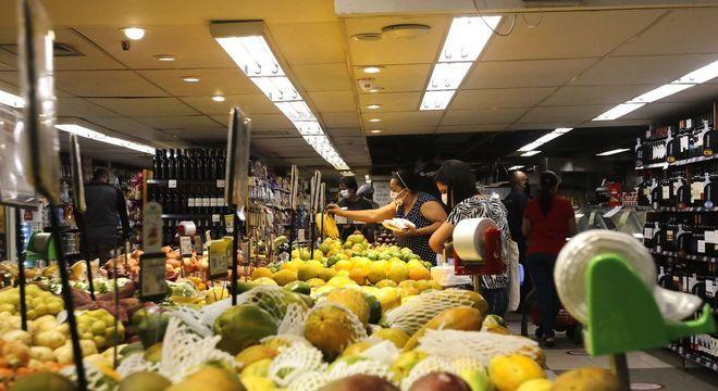 Frutas ficaram mais caras em dezembro (3,62%)
