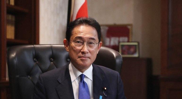 Fumio Kishida venceu a  votação interna do partido governante no Japão e será o  próximo primeiro-ministro