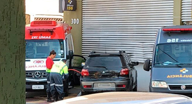 Funcionários foram flagrados desviando gasolina em posto do SAMU
