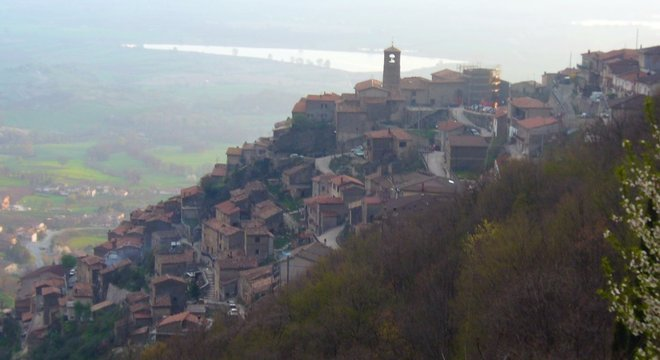 Funeral foi feito na cidade de Poggio Bustone, na região do Lazio