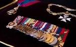 A Ordem do Mérito do Reino Unido, o Real Colar Vitoriano e um grupo de medalhas militares, todas elas conferidas ao príncipe Philip ao longo da sua vida, estarão expostas no funeral