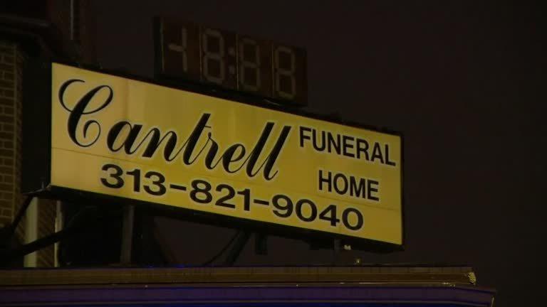Corpos de 11 bebês são encontrados escondidos em funerária de Detroit
