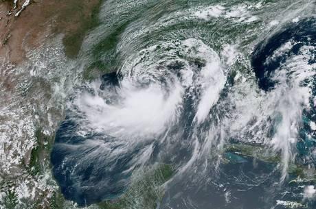 Barry é o primeiro furacão da temporada