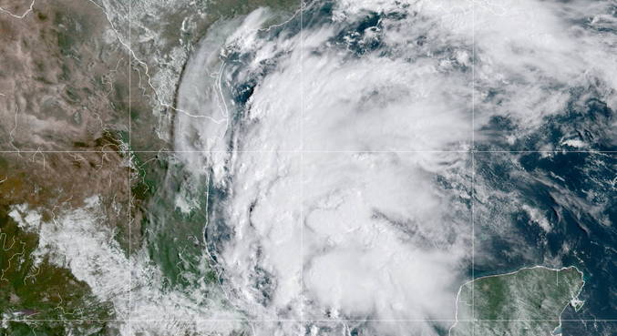 Furacão Nicholas pode trazer chuvas intensas ao Texas