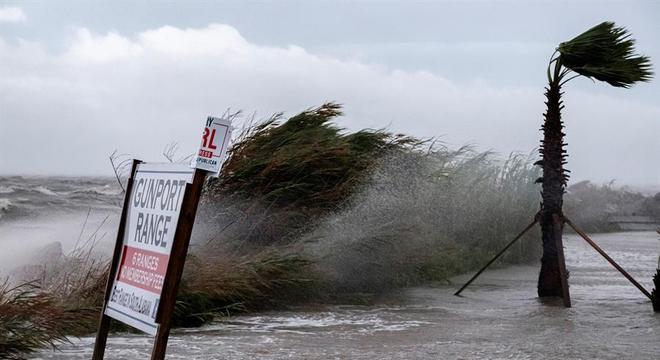 Ventos fortes já atingem o Alabama nesta terça-feira