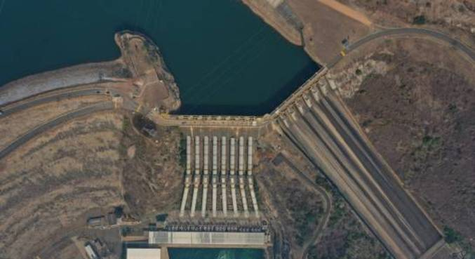 Imagem da hidrelétrica de Furnas em São José da Barra