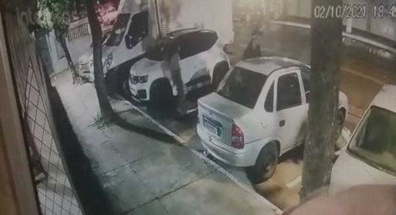 PM tem carro furtado enquanto fazia estágio em Artur Alvim, na zona leste de SP