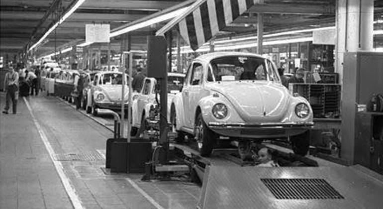 Em 16 de janeiro de 1959 a Volkswagen divulgou para a imprensa o início da produção nacional