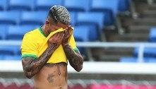 Brasil empata no futebol após ficar com um a menos boa parte do jogo