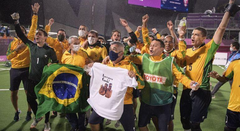 A celebração do ouro do Futebol de Cinco