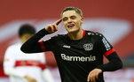 E a chuva de gols não parou por aí. Na Alemanha, o Bayer Leverkusen atropelou o Stuttgart e venceu o rival por 5 a 2. Demirbay, Leon Bailey, Wirtz e Gray marcaram para os donos da casa. Kaljdzic, duas vezes, descontou para os visitantes