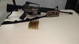 Justiça manda soltar suspeito preso com fuzil e cobra conduta da polícia  ()
