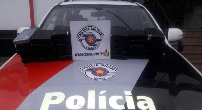 Cinco pessoas foram presas nesta segunda-feira (9) no centro de SP