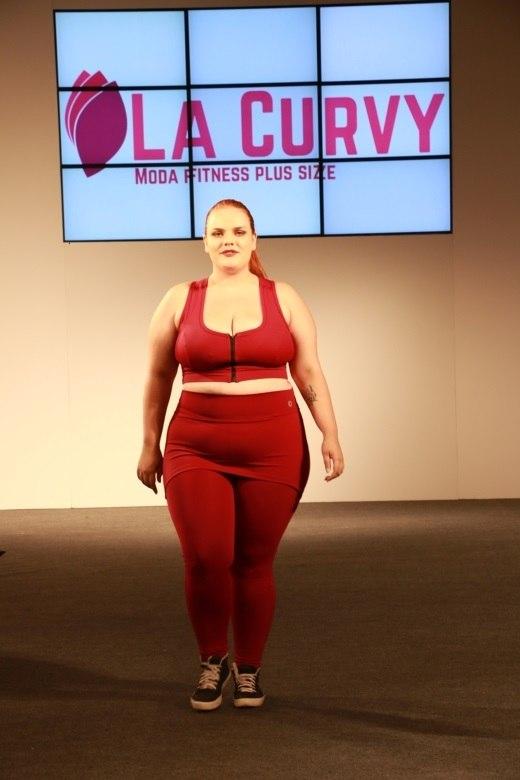 fac16d6b8c Fashion Weekend Plus Size mostra moda para mulheres reais - Fotos - R7 Moda