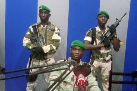 Militares do Gabão tomaram rádio e fizeram pronunciamento