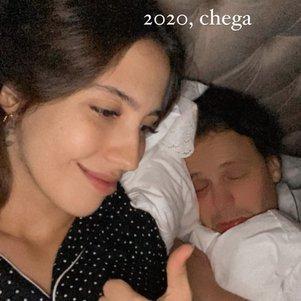 Cantor estava em casa, dormindo