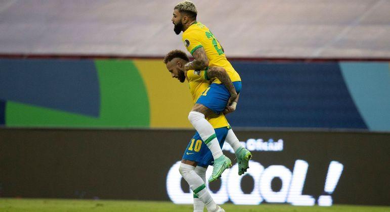 Alegria fugaz. Único gol em sete partidas. Contra a destroçada Venezuela. 13 casos de covid