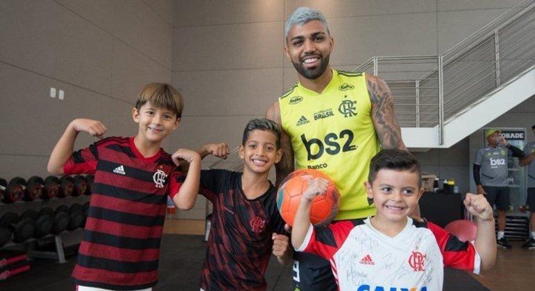 Gabigol é o maior ídolo do Flamengo. Principalmente para milhões de crianças