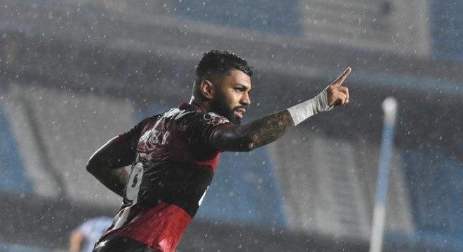 Gabigol comemora seu gol. Empate foi generoso demais com o Flamengo