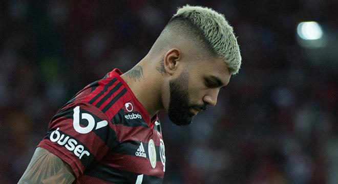 O desejo  da diretoria era que o Carioca começasse no próximo mês