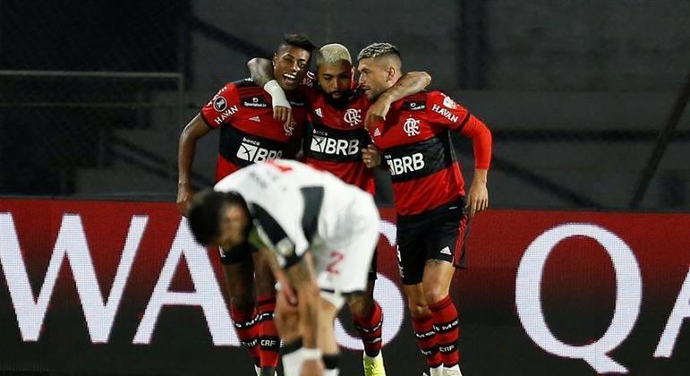 Trio Bruno Henrique, Gabigol e Arrascaeta comandou vitória do Flamengo