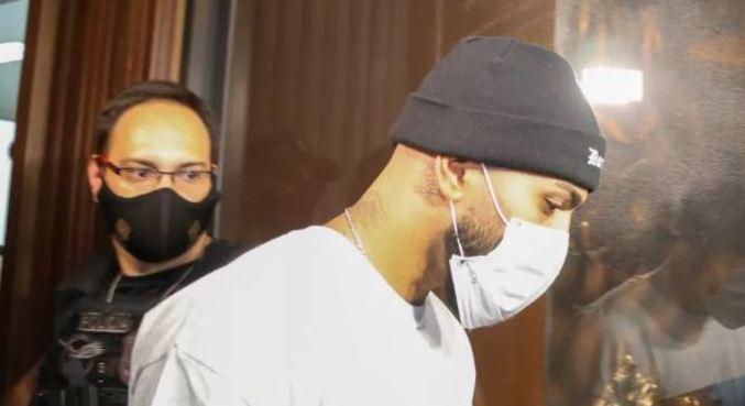 Gabigol estava no cassino e foi um dos participantes flagrados na ação pela polícia