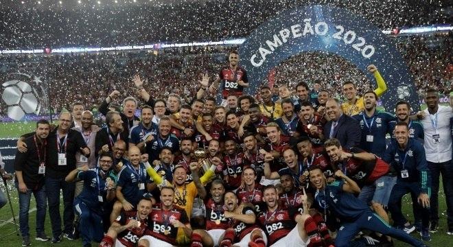 Três títulos em dez dias. O melhor time da América do Sul