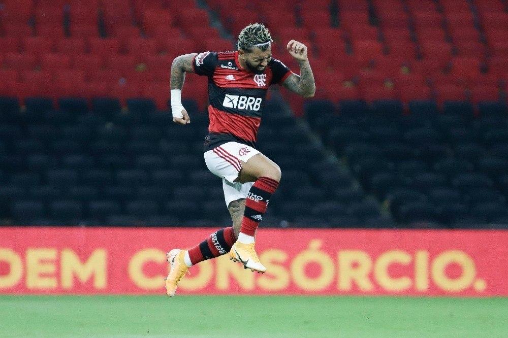 Gabigol empatou o jogo. Resultado que já era injusto para o Flamengo de Ceni