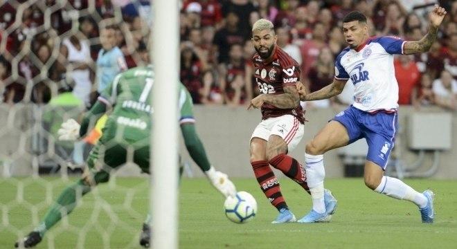 Gabigol deu passe para dois gols e também fez o seu na vitória do Flamengo