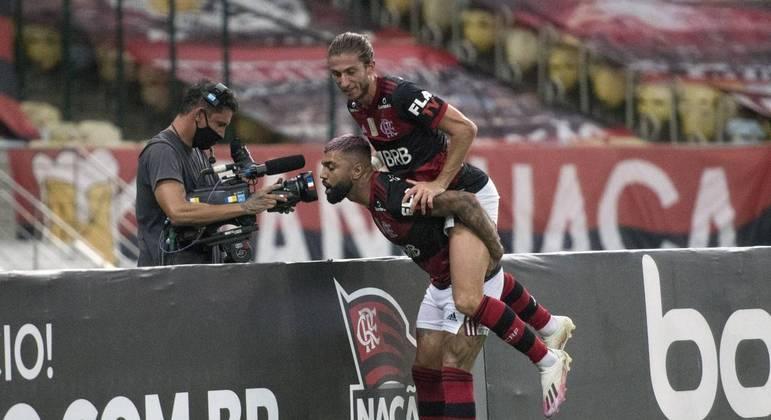 Gabigol comemora gol que abriu caminho para vitória do Flamengo