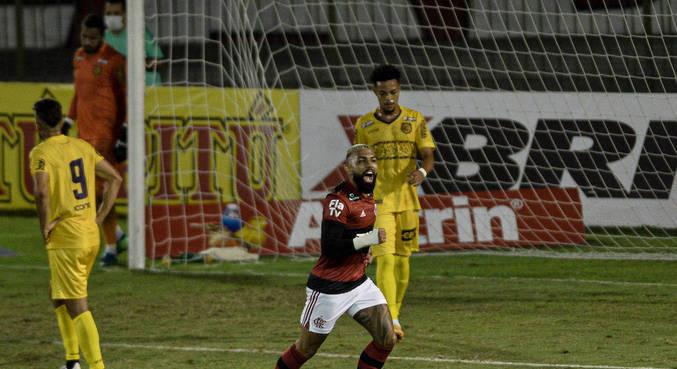 Gabigol foi a estrela da vitória do Flamengo sobre o Madureira pelo Cariocão 2021