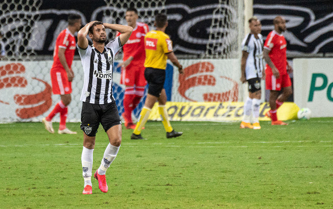 Gabriel (25 anos) - Zagueiro do Atlético-MG