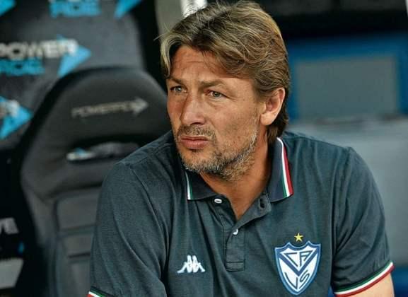 Gabriel Heinze: O argentino, que atuava como zagueiro e lateral-esquerdo, tem 42 anos e já treinou o Argentino Juniors e o Vélez. Com a demissão de Vanderlei Luxemburgo, ele está sendo cotado para assumir o Palmeiras
