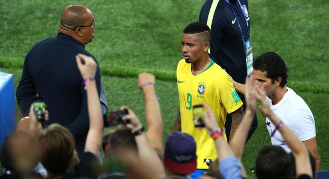 O fracasso de Gabriel Jesus na Rússia. Submisso, correu e marcou por Neymar