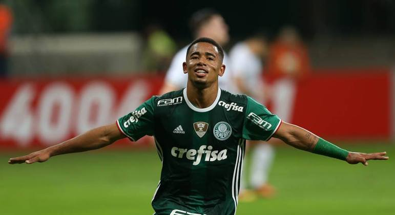 Gabriel Jesus. Maior venda da história do Palmeiras. Jovem negro