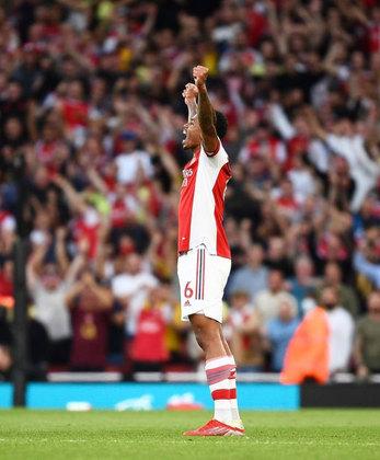 Gabriel Magalhães: fechando os destaques brasileiros na Premier League, o zagueiro fez mais uma partida segura pelo Arsenal, que derrotou o seu maior rival (Tottenham) por 3 a 1.