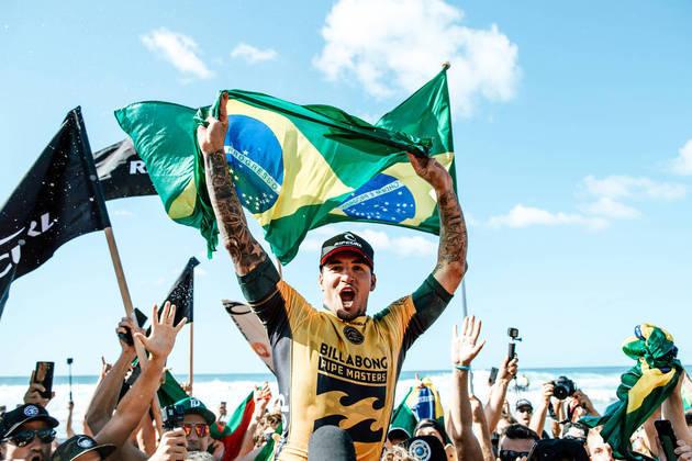 Gabriel Medina: Bicampeão mundial (2014 e 2018), ele ficou em quarto nos  Jogos de Tóquio, mas é cotado para subir no pódio nos Jogos Olímpicos de Paris 2024